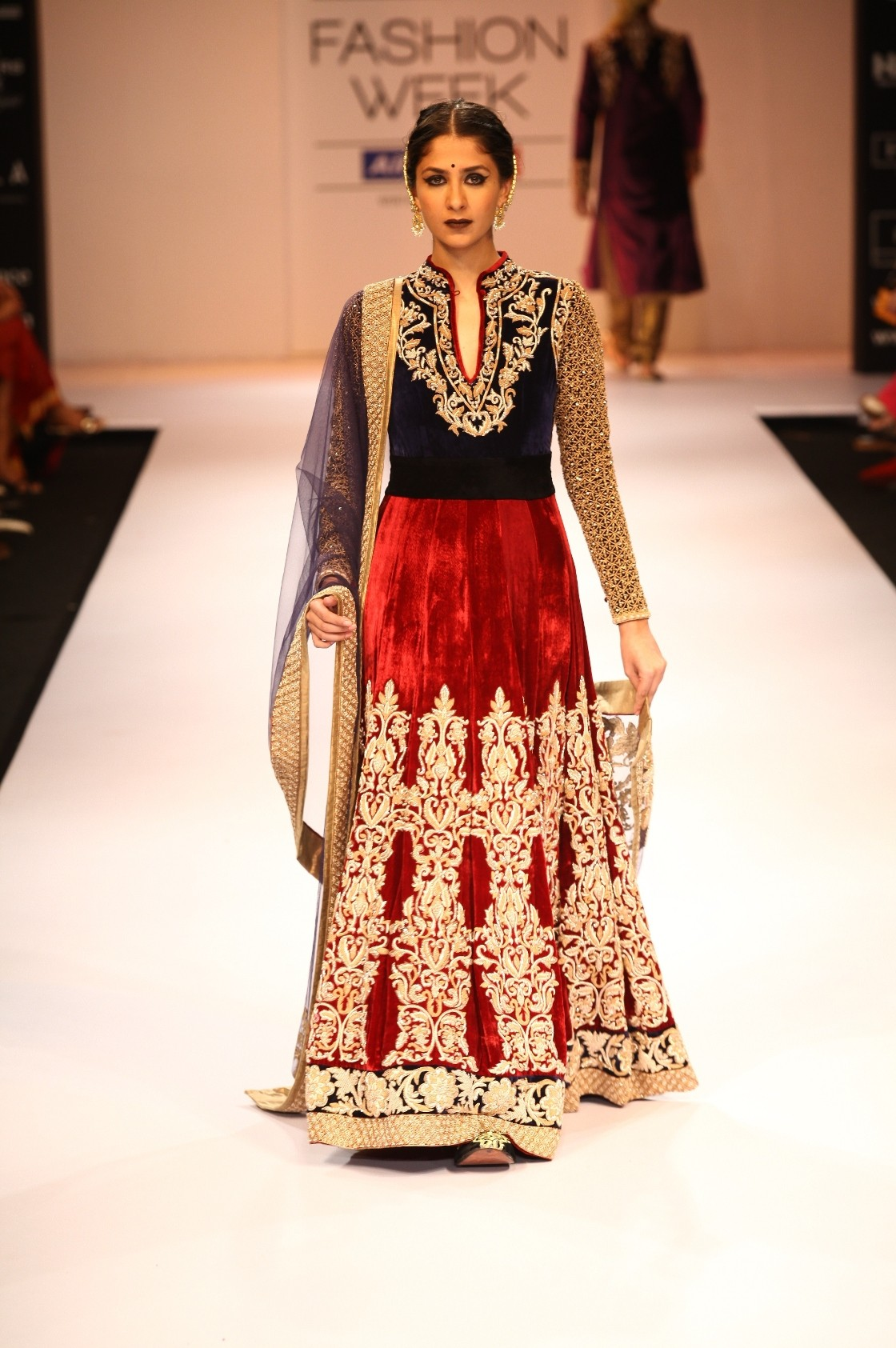 Fashion week Bhumika shyamal lfw winter festive for girls